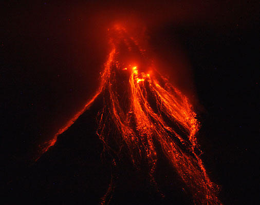 mt mayon eruption