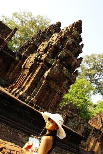 Banteay Srei monmon