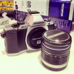 Travel Gadget Review: Olympus OM-D EM5