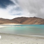 the road to pangong tso